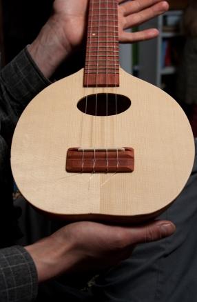 soundboard, uke